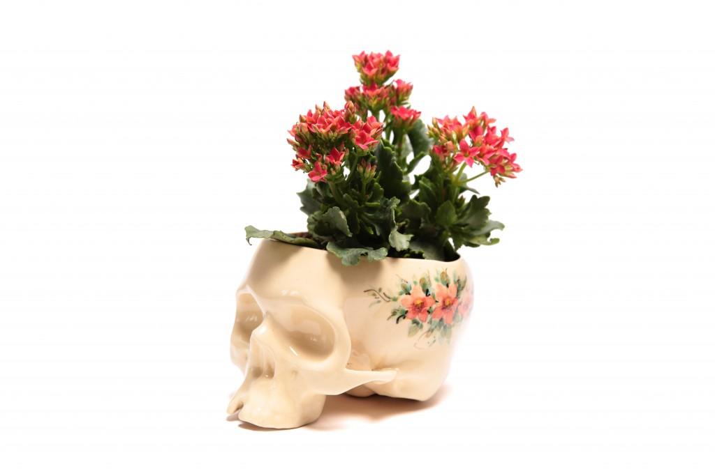 Cráneo Maceta decorado de Flores estilo Sèvres